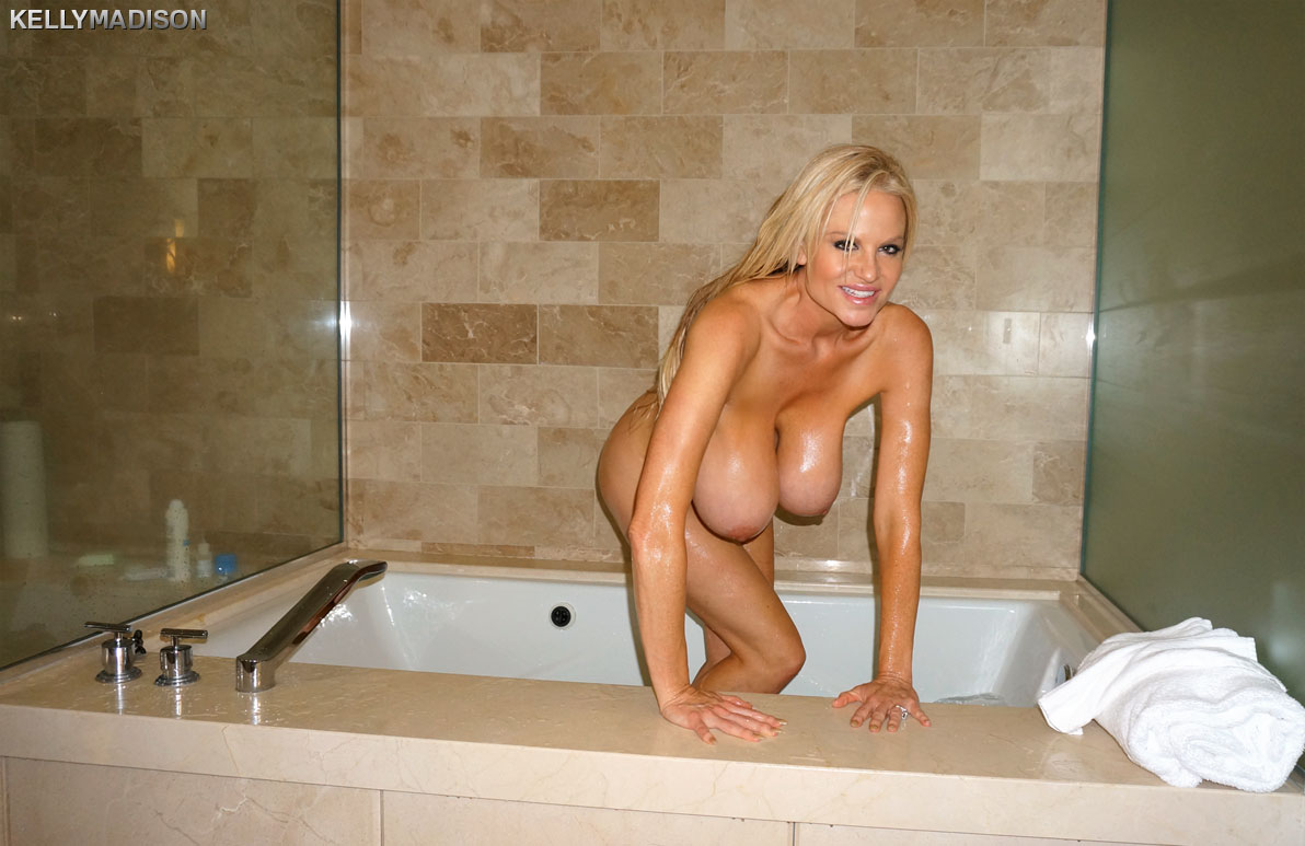 Big boobs milf bathing
