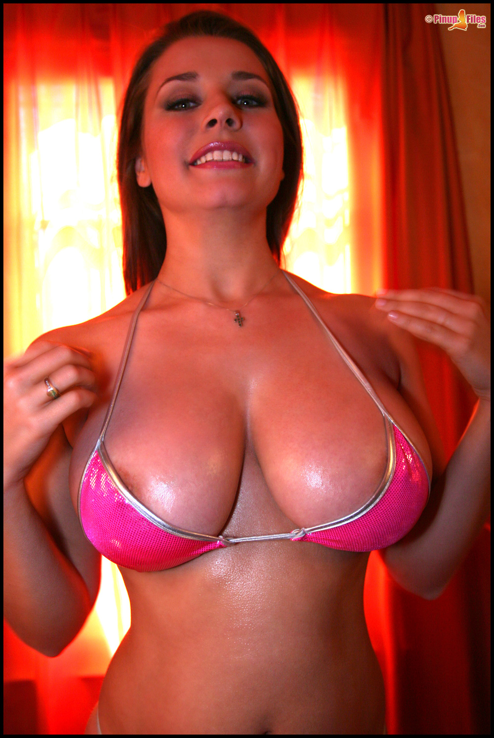 Busty-Oiled-Babe-Erica-Campbell-with-Huge-Tits-Wearing-Bikini-4