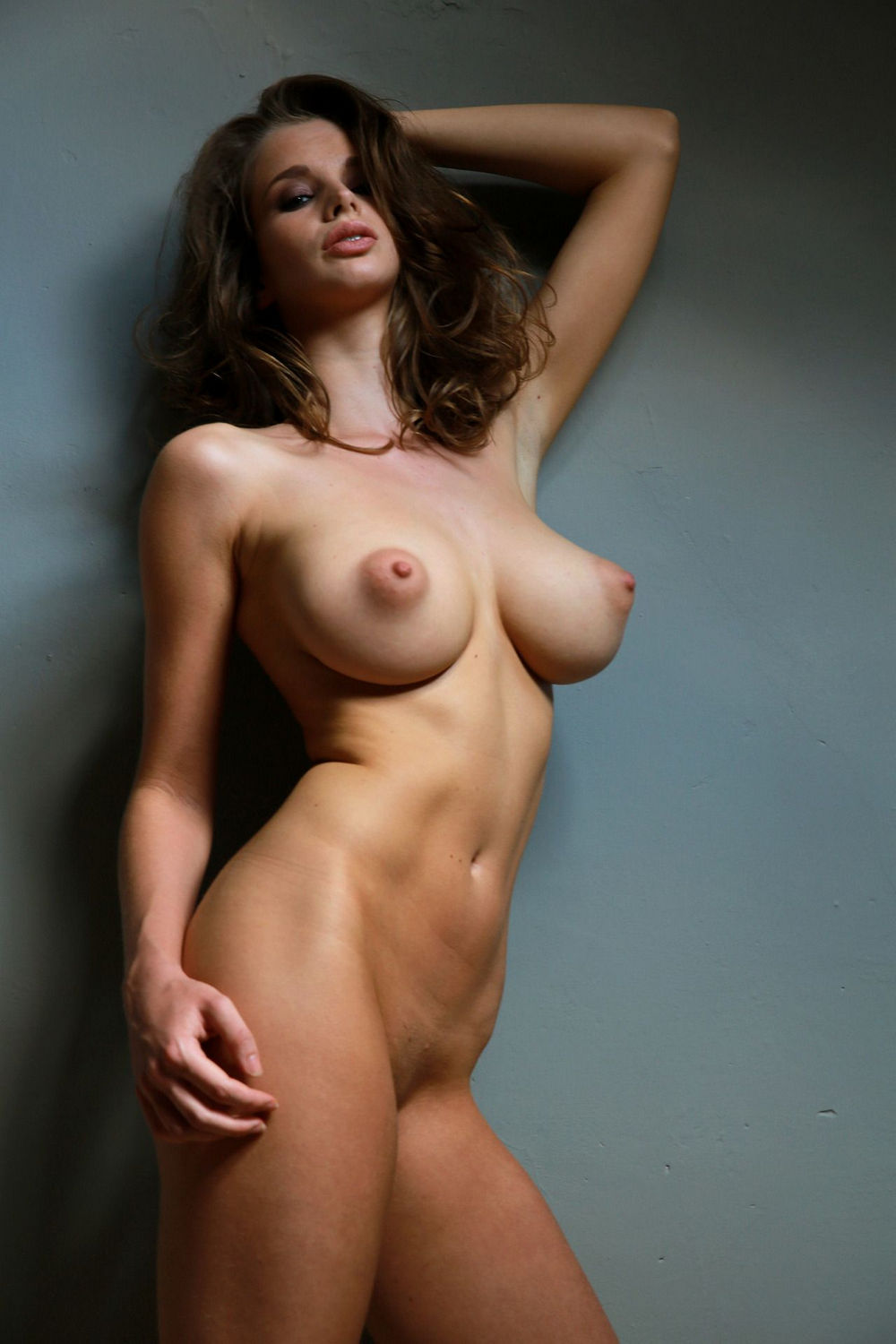 huge boobs babes – mega boobs girls