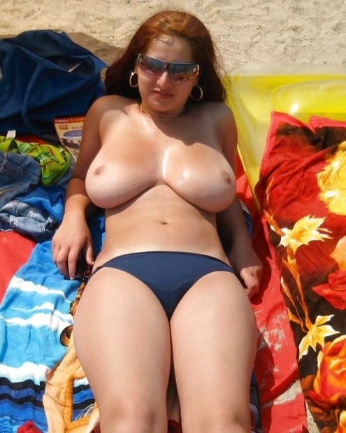 Beach girls big tits