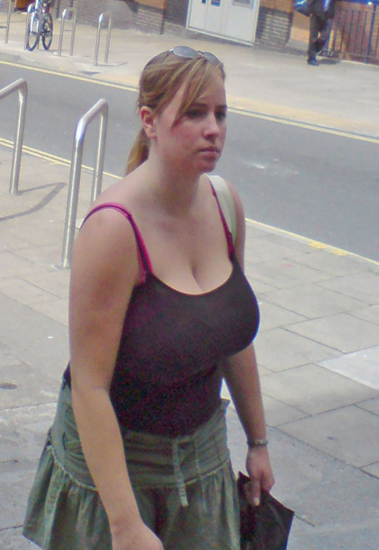 Candid Busty Boobs Walking