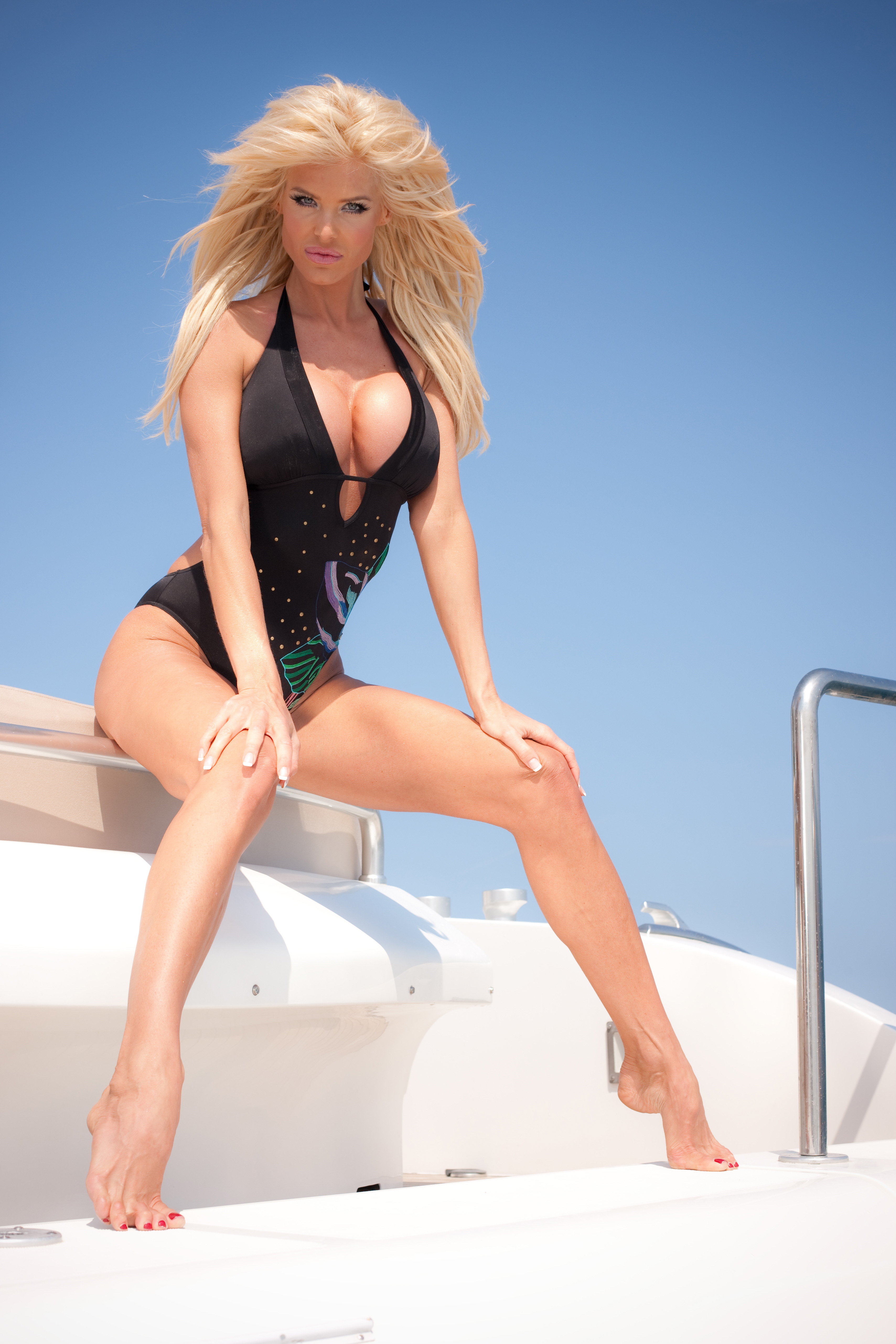 victoria-silvstedt-bikini-photoshoot-on-a-yacht-19