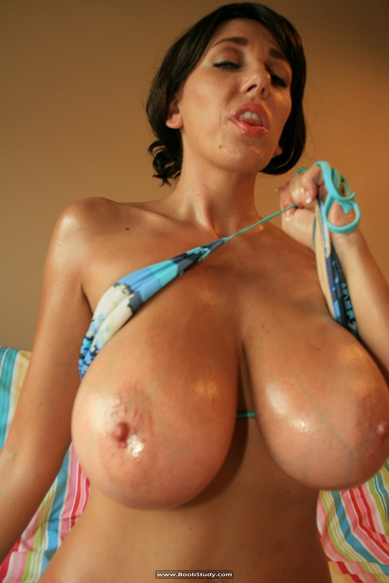 busty girls covered in oil – mega boobs girls