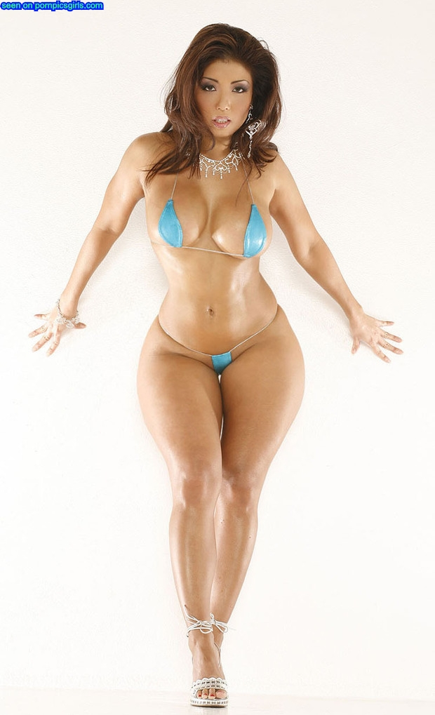 oil-fat-babe-with-amazing-curvy-body-big-round-ass-and-huge-tits-in-small-blue-bikini-loves-to-shake-her-round-booty