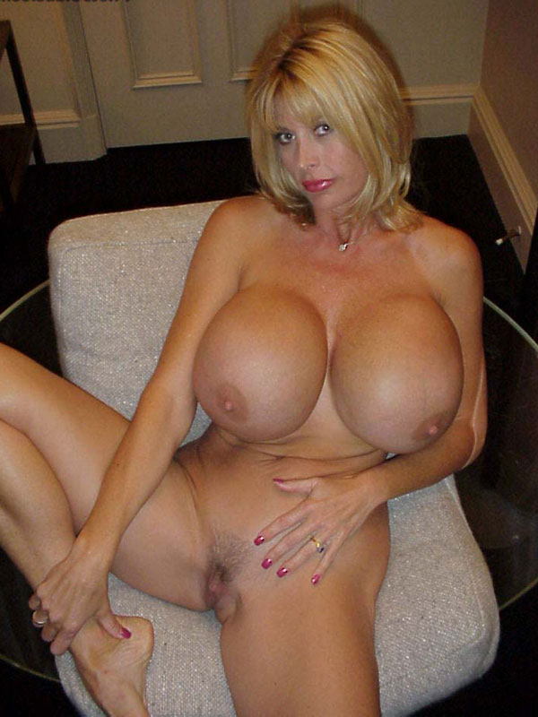 Magnificent Mature big tits cougars next door