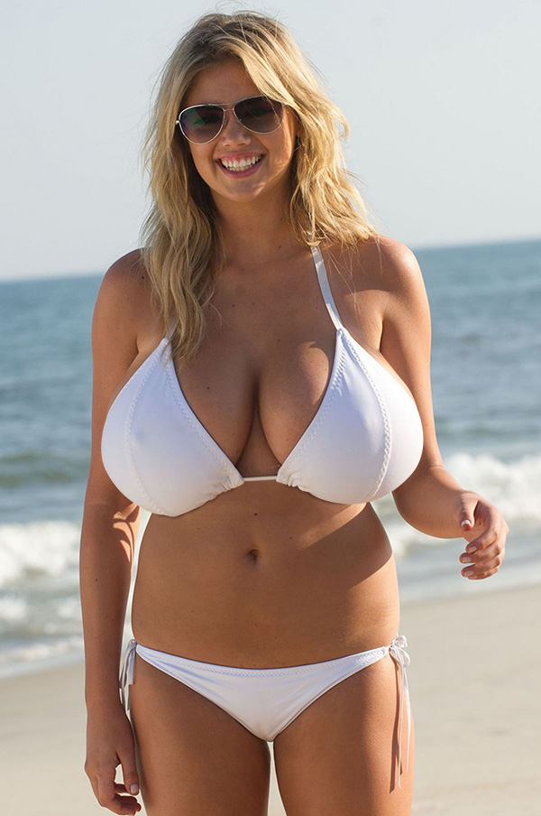 kate upton bikini boobs